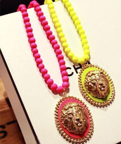 Gorgeous Chic Style Lion Head Round Pendant Sweater Chain Necklace For Women