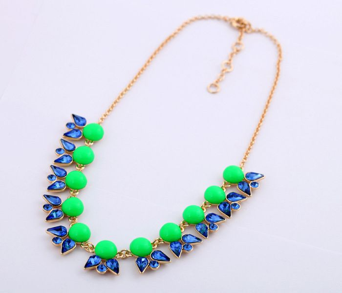 Alloy Beaded Faux Gemstone Embellished Pendant Necklace