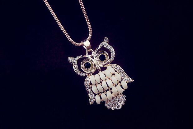 Rhinestone Embellished Owl Pendant Necklace