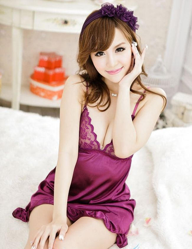 Sexy Style Lace-Up Solid Color Pleated Irregular Hem Transluent Silk Women's Nightdress