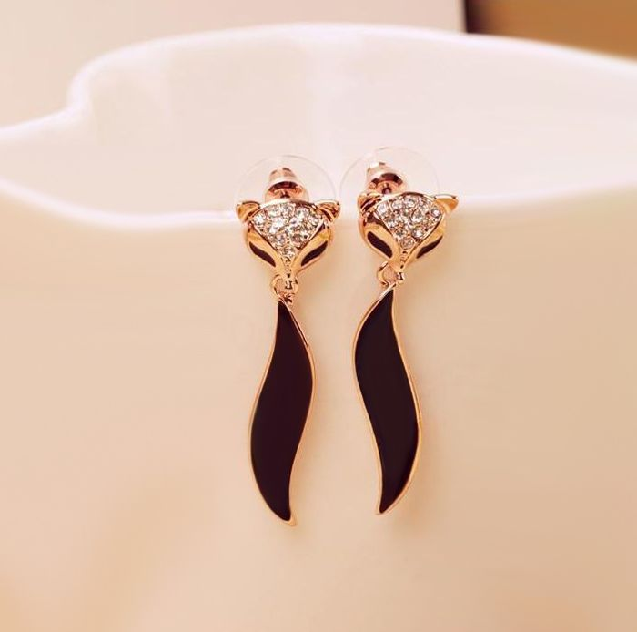 Pair of Rhinestoned Fox Shape Earrings