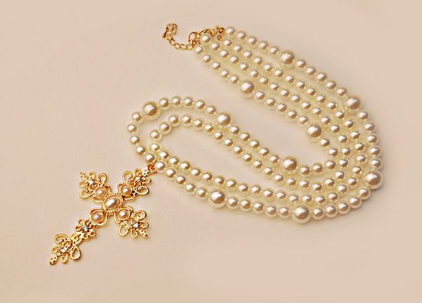 Cross Pendant Multilayered Faux Pearl Sweater Chain