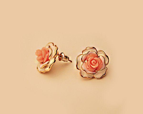 Pair of Alloy Resin Flower Shape Earrings