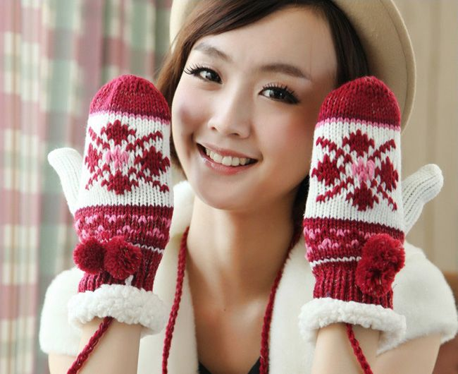Pair Of Cute Fuzzy Balls Design Warm Snow Pattern Winter Gloves For Women