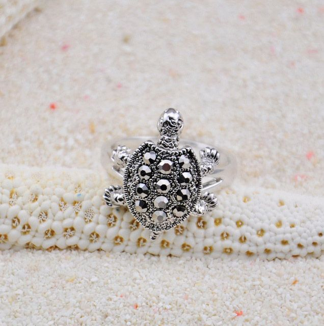 Diamante Turtle Embellished Alloy Ring