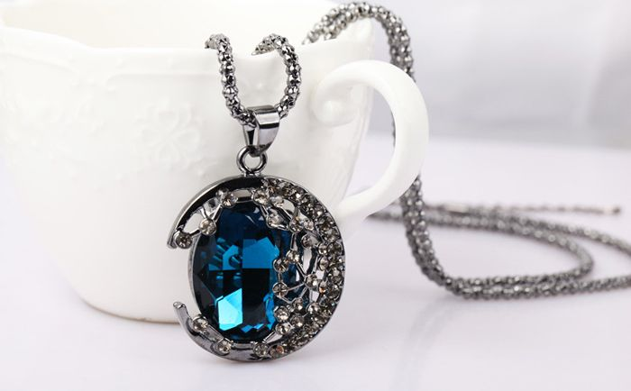 Chic Colored Faux Crystal Embellished Crescent Sweater Chain Necklace For Women