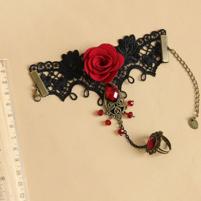 Retro Gemstone Flower Lace Bracelet With Ring For Women