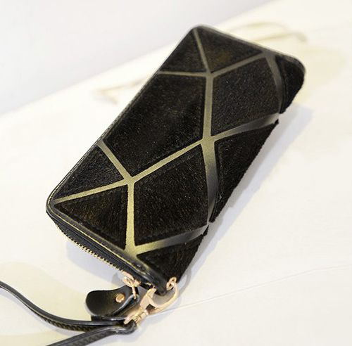 http://www.dresslily.com/stone-pattern-design-clutch-wallet-for-women-product535493.html