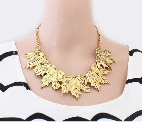 Vintage Characteristic Maple Leaf Shape Alloy Necklace For Women