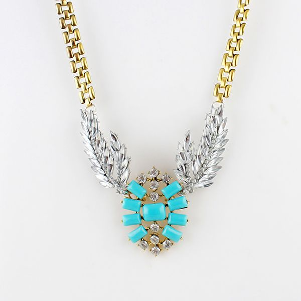 Alloy Hollow Out Leaf Embellished Necklace