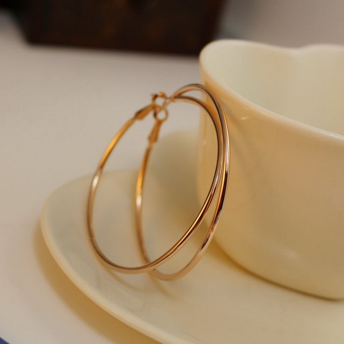 Pair of Alloy Hoop Earrings