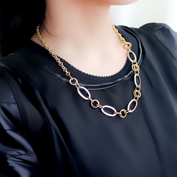 Simple Chic Style Alloy Chian Necklace For Women