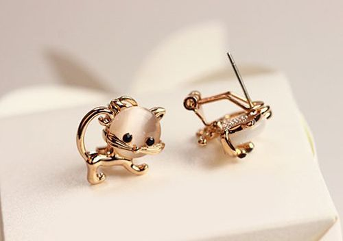 Pair of Kitten Faux Opal Embellished Earrings