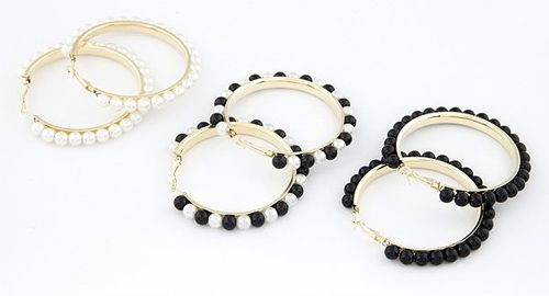 Pair of Chic Beads Decorated Round Shape Earrings For Women