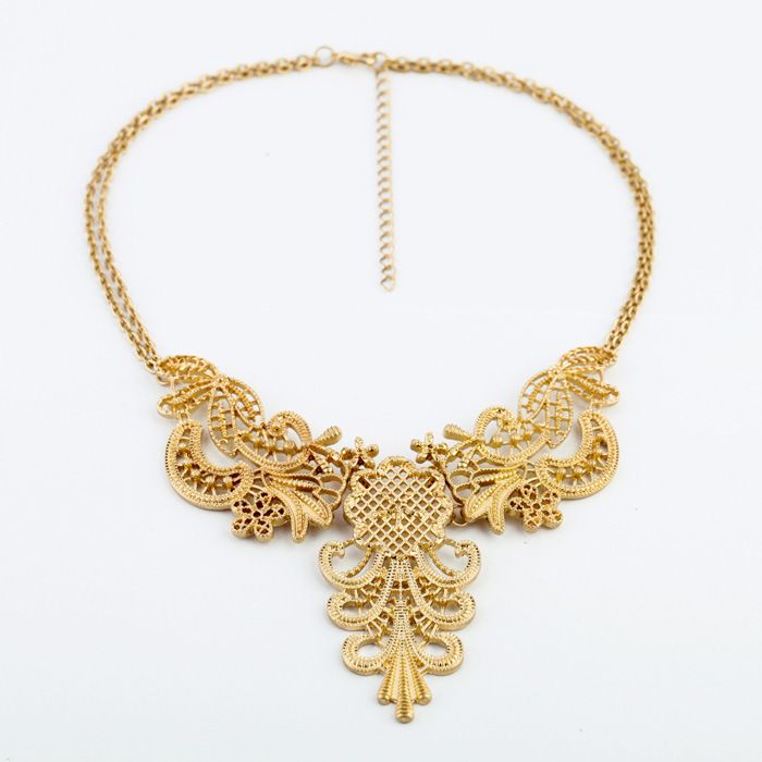 Vintage Openwork Flower Shape Pendant Necklace