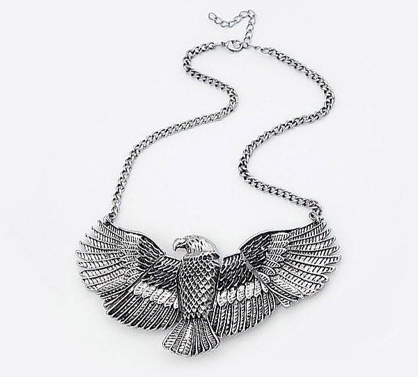 Vintage Eagle Shape Alloy Pendant Necklace