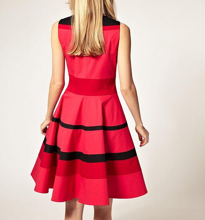 Vintage Round Collar Ruffled Stripe Flouncing Sleeveless Women's Dress