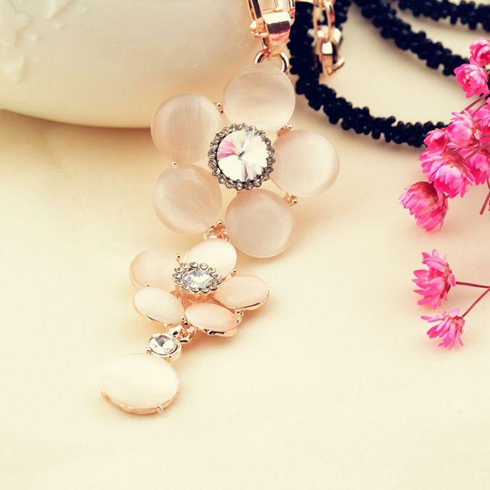 Sweet Faux Opal Embellished Flower Penedant Black Beaded Necklace For Women