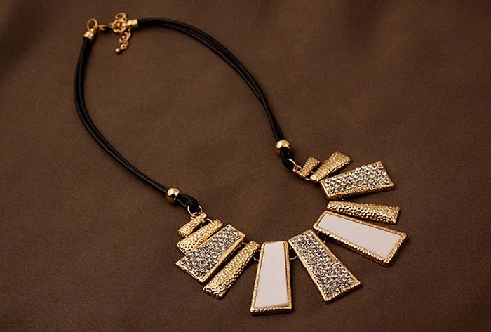 Gothic Diamante Colored Geometric Pendant Hollow Necklace For Women
