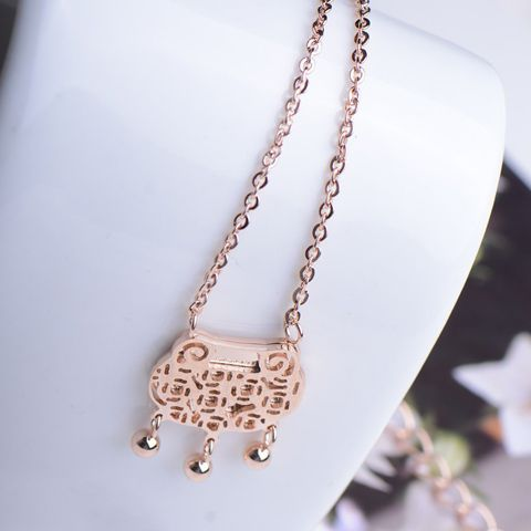 Elegant Hollow Longevity Lock Pendant Alloy Necklace For Women