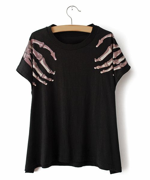 Fashionable Scoop Neck Short Sleeve Printed Black T-shirt For Women