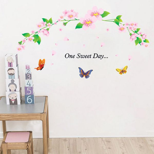 Chic Flower Rattan and Butterflies Pattern Wall Sticker For Bedroom Livingroom Decoration