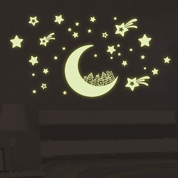 Fashion Luminous Moon and Star Pattern Wall Sticker For Bedroom Decoration