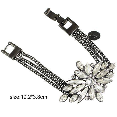 Rhinestone Flower Shape Embellished Hasp Bracelet