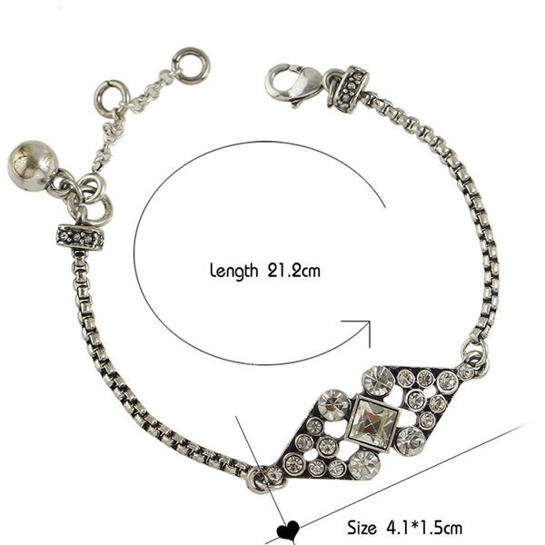 Rhinestone and Hollow Out Bow Embellished Bracelet