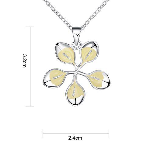 Floral Noctilucent Pendant Necklace
