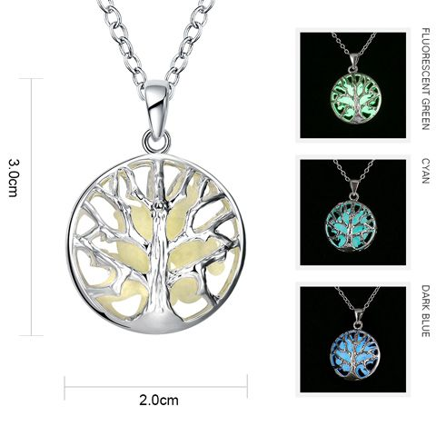 Noctilucent Branches Circular Pendant Necklace