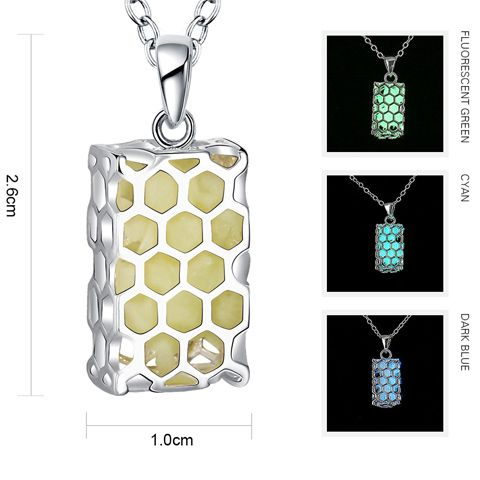 Alloy Honeycomb Structure Noctilucent Necklace