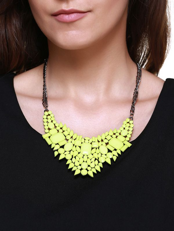 Geometric Faux Gem Embellished Pendant Necklace