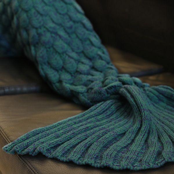Fish Scale Design Knitting Sleeping Bag Mermaid Blanket
