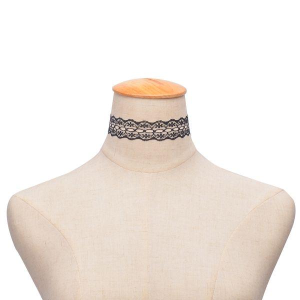 Vintage Floral Hollow Out Choker Necklace