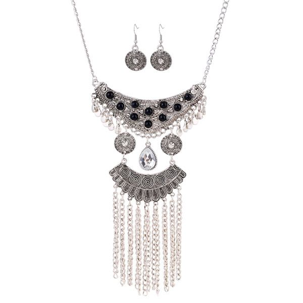 A Suit of Retro Rhinestone Beads Water Drop Necklace and Earrings