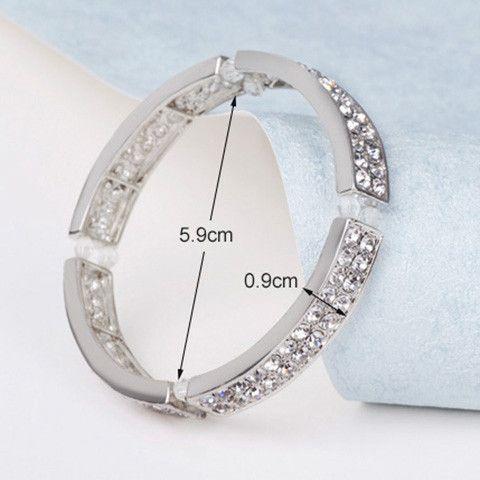 Vintage Sparkling Rhinestone Embellished Bracelet