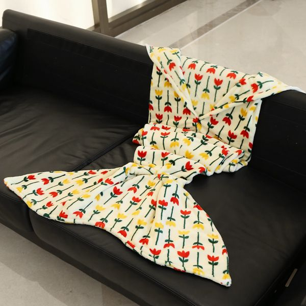 Trendy Simple Flowers Pattern Mermaid Tail Style Casual Soft Blanket