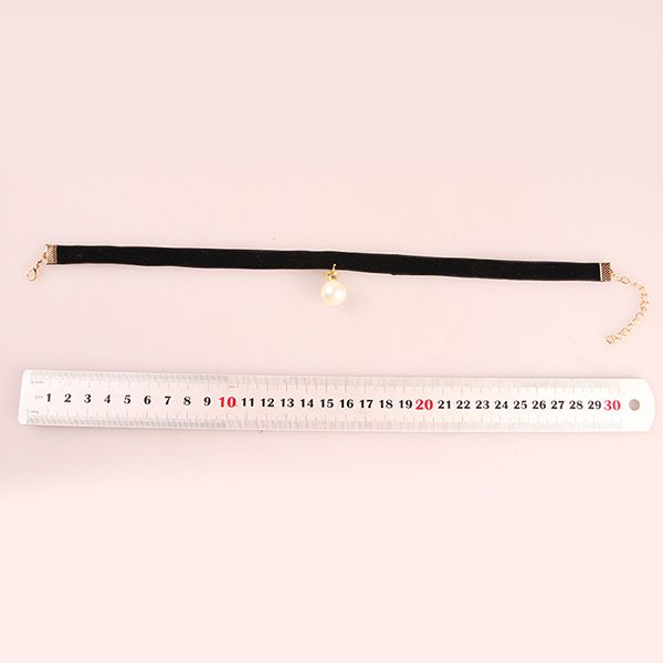 Punk Style Velvet Faux Pearl Crown Choker Necklace
