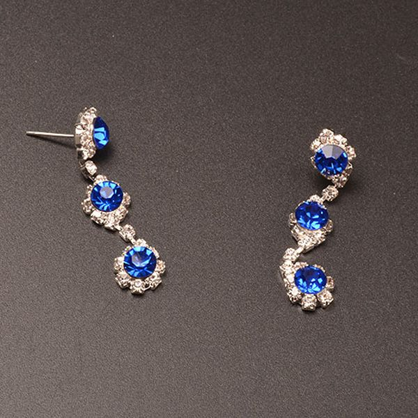 A Suit of Y Shape Rhinestone Faux Crystal Necklace and Earrings