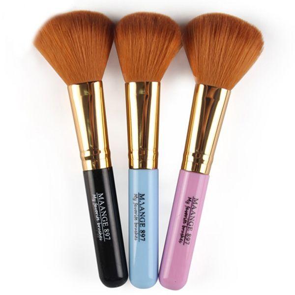 Nylon Blush Brush