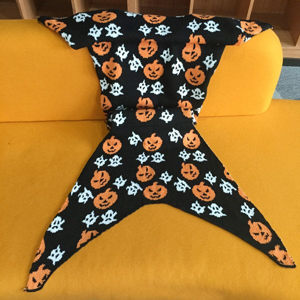 Comfortable Halloween Pumpkin Lantern Design Sofa Mermaid Blanket