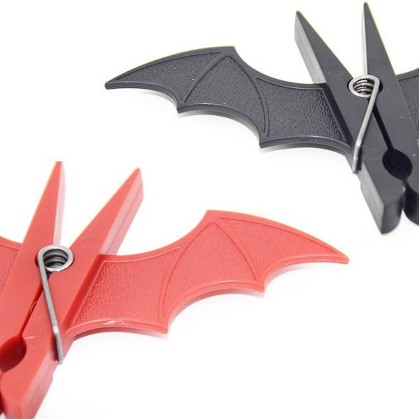 2PCS Creative Plastic Bat Shape Clothes-Peg