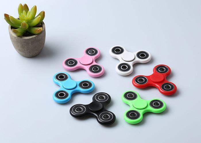 Anti-Stress Focus Toy Triangle Finger Gyro