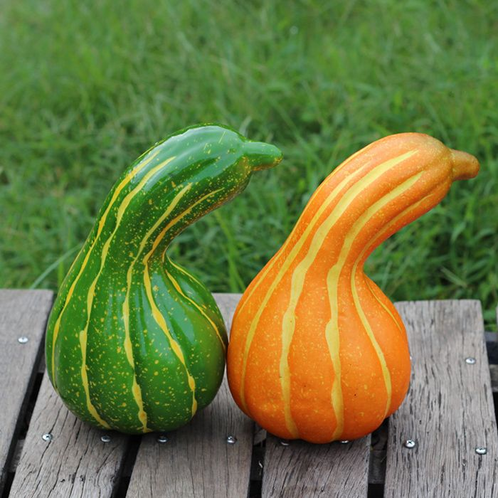 Foam Vegetable Decorative Simulation Bent Pumpkin