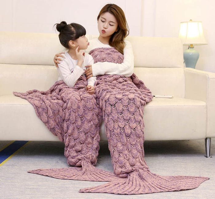 Fish Scale Crocheted Parent-child Mermaid Blanket
