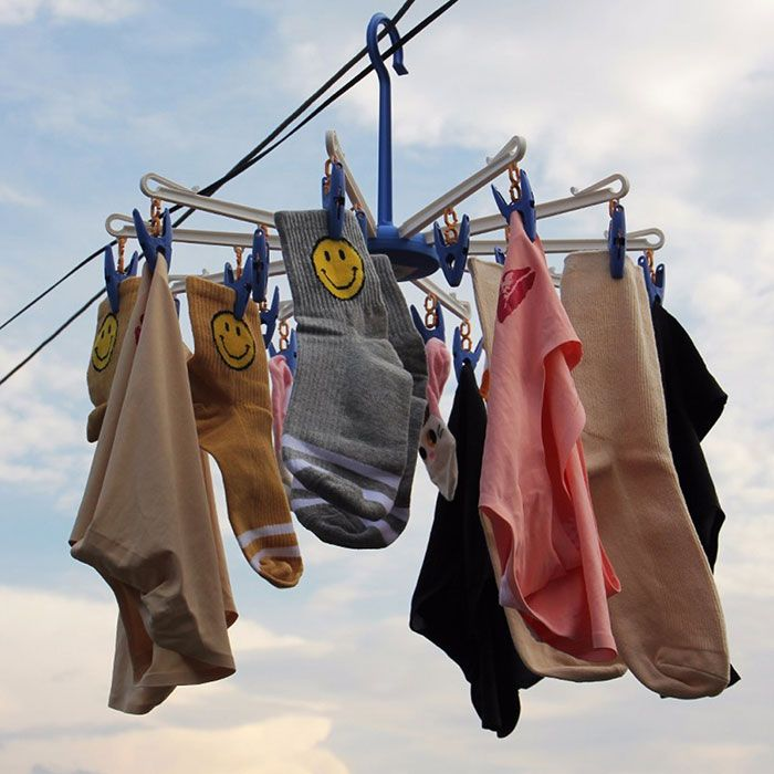 Multipurpose Socks Clothes Hanging Dryer with 20 Clips