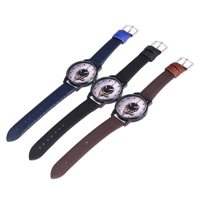 Faux Leather Strap Smoking Skull Face Watch