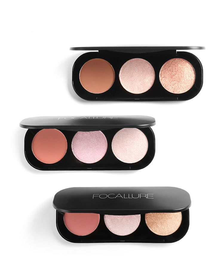 Multifunctional 3 Colors Highlight and Blush Travel Makeup Kit