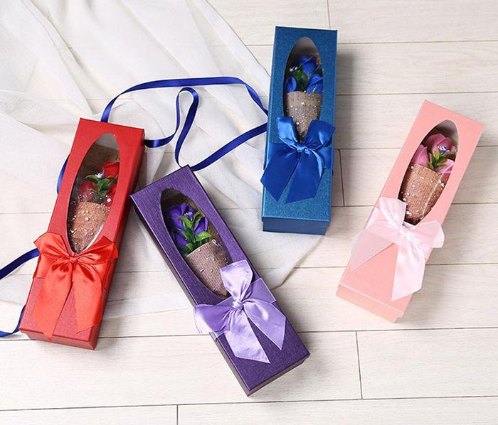 Valentine's Present Flower Bouquet 3 Scented Soap Roses Gift Box